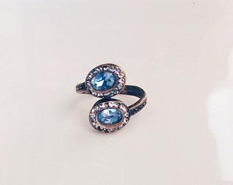 Vintage ring with Jade and rhinestones