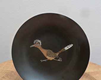 Vintage Couroc of Monterey Hand Inlay Phenolic Resin 'Roadrunner' Serving Bowl