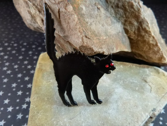 Black Cat With Pink Scary Eyes: Halloween Scary Black Cat With Red Rhinestone Eyes Vintage Pin