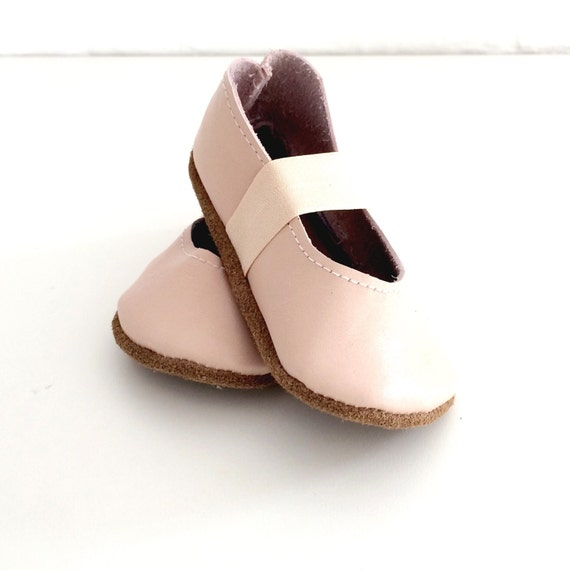 ballet flats / frosted pink leather