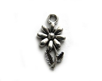 10 Silver Flower Charms - 20mm