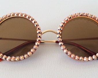Round vintage style sunglasses with gold crystals