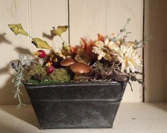 Fall themed floral arrangement