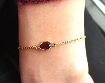 Garnet and gold chain bracelet, tiny gold bracelet, stacking bracelet, dainty gold chain bracelet, garnet jewelry, Valentines day gift