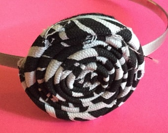 Black And White Rolled Flower Headband