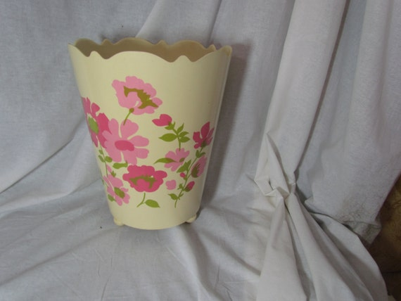 Items similar to vintage pink trash can waste basket rose roses retro shabby chic footed on etsy - Shabby chic wastebasket ...