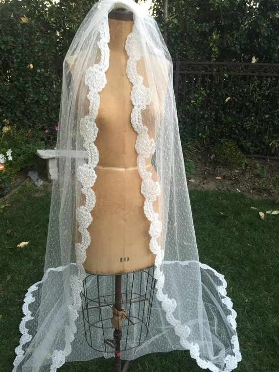 Bridal Veil, Point d'esprit Veil, Vintage Ivory Veil , Pearl Beaded Veil ,Downton Abbey Veil, Vintage Inspired Veil - YOURS TRULY Veil