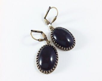 Black Stone Earrings, Oval Black Onyx Jewelry, Antiqued Brass Leverback Earrings, Vintage Style Hand Made Jewelry