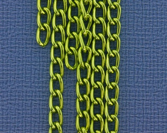Aluminum Curb Chain Apple Green 6 x 3.6mm Wide 5 Feet Long (800AL-063AG)