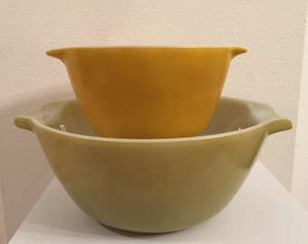 Anchor Hocking Fire King Mixing Bowls, Meadow Green and Gold