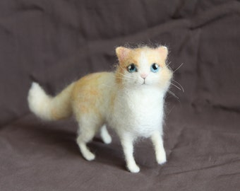 Needle Felted Kitty - Soft sculpture