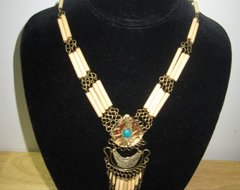 GET 15% OFF Peruvian Chrysocolla & Horn Necklace #10