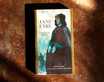 JANE EYRE by Charlotte Bronte. 1963 Airmont Publishing Co. edition