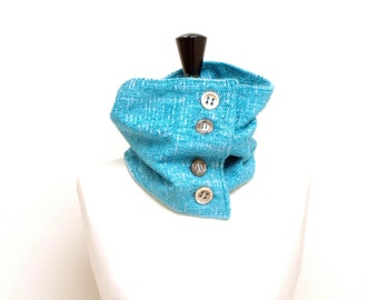 Turquoise buttoned collar n. 1