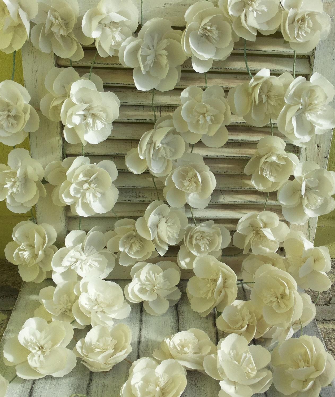 Guirlande De Fleurs En Papier Crpon With Guirlande De Fleurs En