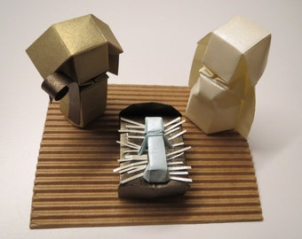Handmade Nativity scene all in origami, very original with a base for easy transportation. Perfect for collectors!