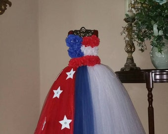 The longer version ultimate patriotic dress.  The dress is explosive without the fireworks.