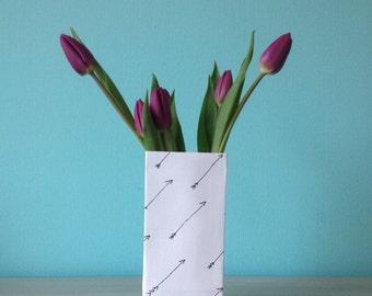 Paper vase handdrawn