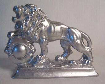 Vintage Lion Figurine Paperwerght       S642