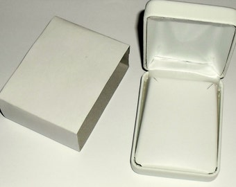 White Faux Leather Necklace Box Small Size
