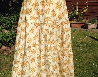 Vintage handmade cotton tiered summer skirt.