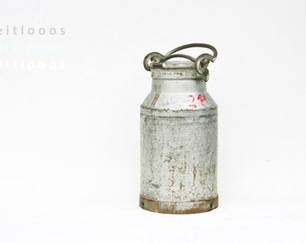 Large milk can in cast iron for garden Large milk jug