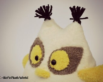 ROZI is a HANDSEWN plush owl :)