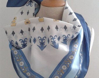 French vintage scarf in multiple blues and golds, in excellent condition.