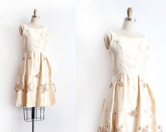 Vintage 1950s dress // 50s golden evening dress