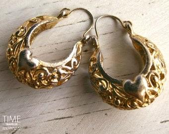 Vintage Openwork Baskets Design Earrings Gold Tone Heart 1970s