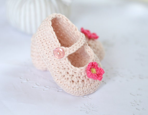 CROCHET PATTERN Baby Shoes Classic Mary Janes in by ...
