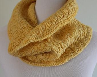 hand knit merino wool cowl. Hand knit cowl.