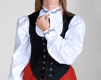 Renaissance Blackwork Tudor Rose Noblewoman's Shirt