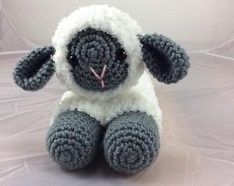 Crochet Lamb Toy tutorial - Stuffed sheep - amigurumi lamb - crochet lamb pattern - crochet toy - instant download pdf format