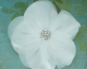 Wedding hair flower clip, wedding hair accessories,ivory  wedding flower clip, hair flower clip, white hair flower