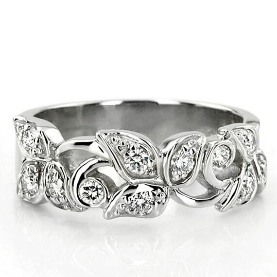 Items Similar To Elegant Leaf Floral Design Diamond Fancy Wedding Ring