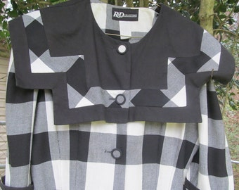 Vintage  black and  white  Ladies  Dress from  the   early  90's  /  size  10