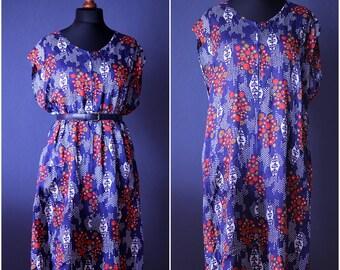 Vintage Flowery dress / Size M- XL / 80s
