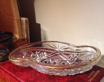 Collectible Diamond Star Circle Ladder Cut Glassware Dish