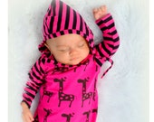 newborn baby girl take home outfit, One Piece gown & hat Set, HAPPY GIRAFFE in Dark Pink and Black, Organic European Jersey Knit, Stunning!!