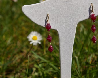 Earrings ruby beads and yellow gold