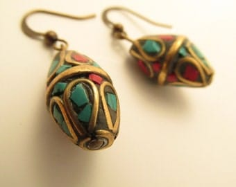 3920 - Nepal, Turquoise and Coral Earrings