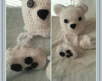 Polar bear hat and booties