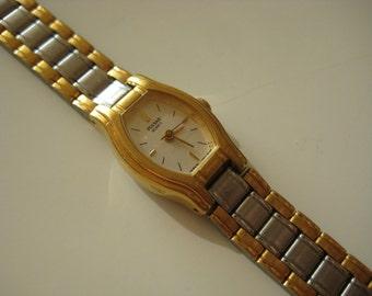 PULSAR JAPAN, Quartz, Water resistant Women's Two tone watch