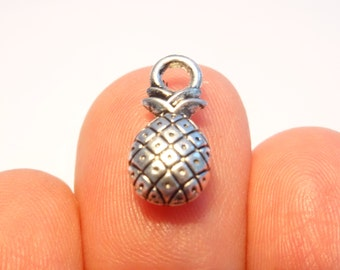 10 Pineapple Charms Antique Silver - SC461