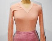 1950s Salmon Pink V-Neck Sweater