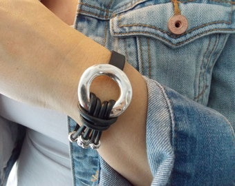 Thin and Thick Leather Zamak Metal Circle Bracelet