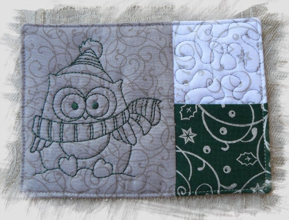 Winter owl mug rug with pocket in the hoop machine embroidery design