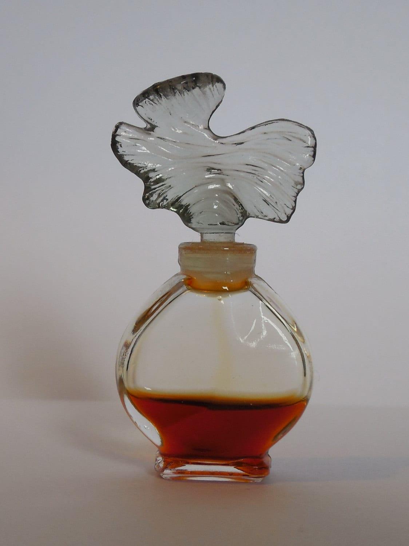 miniature de parfum parure de guerlain. Black Bedroom Furniture Sets. Home Design Ideas