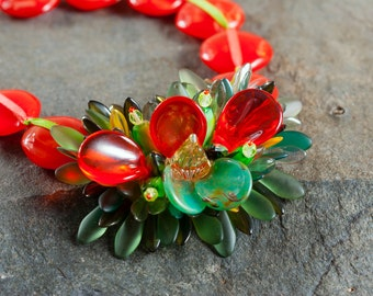 Red and green spiny flower necklace